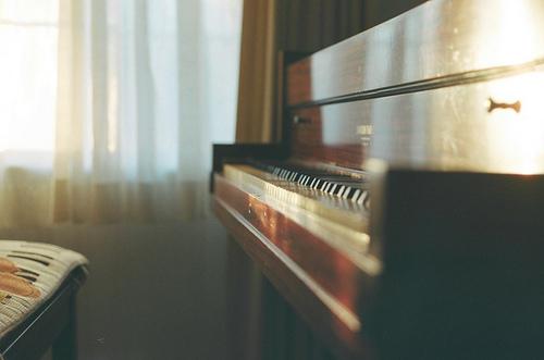 نحوه خواندن شیت موسیقی در آموزش پیانو و آکاردئون
